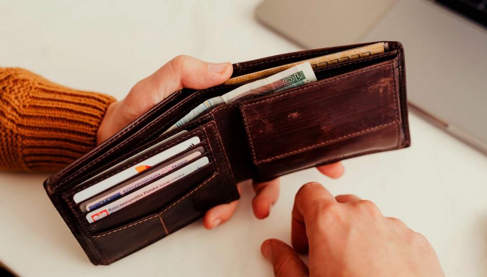 Should Polish companies include salary range in job ads?